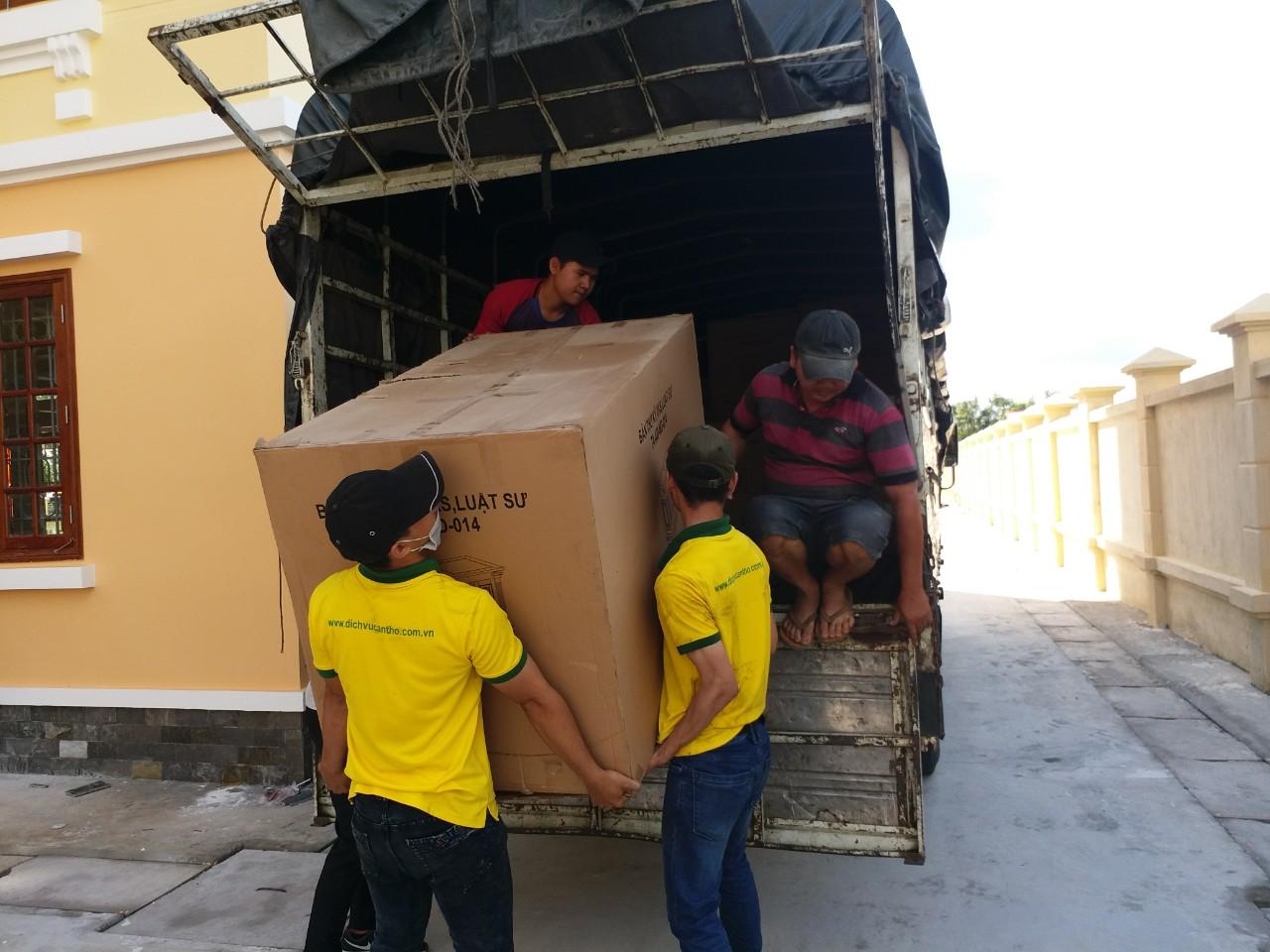 Dịch vụ bốc xếp hàng hóa huyện Bình Chánh uy tín, giá rẻ tại Tphcm